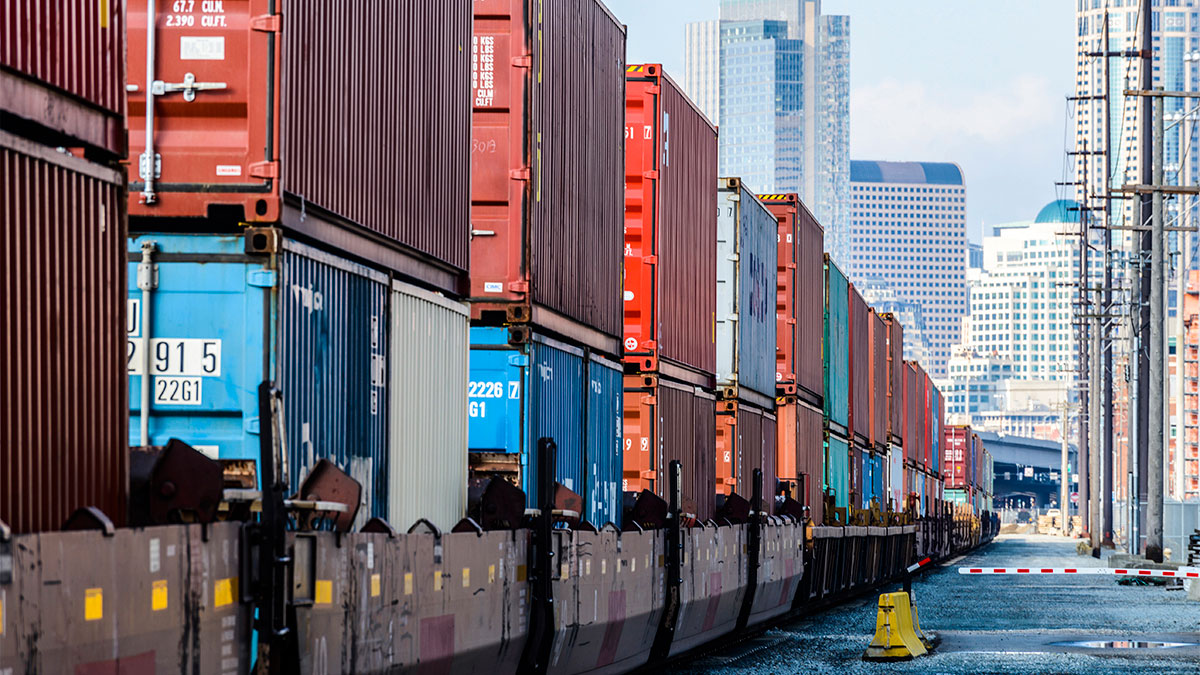 Why You Should Consider Shipping Intermodal